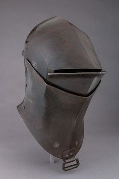 Great helm 14th century frogmouth helmet for tpurnament