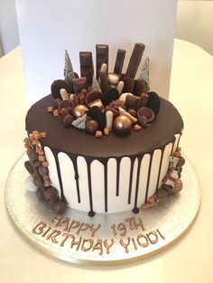 - Celebration cakes for women, Party organization ideas, Party plannig business Cake Decorating Designs, Easy Cake Decorating, Birthday Cake Decorating, Birthday Cake For Him, 18th Birthday Cake, Chocolate Birthday Cake Decoration, Chocolate Drip Cake Birthday, Chocolate Drizzle Cake, Chocolate Oreo Cake