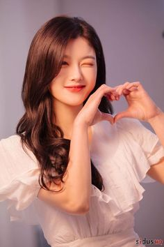 Korean Girl Photo, Cute Korean Girl, Dong Yi, Korean Actresses, Korean Actors, Kim Yoo Jung Photoshoot, Korean Beauty, Asian Beauty, Kim Yu-jeong