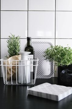 kitchen details, wire basket. from CAISA K.