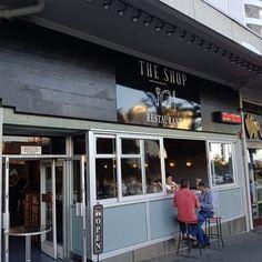 Ouma Hettie se Plaatkoekies - best breakfast pancake recipe ever - Eat Drink Cape Town Breakfast Pancakes, Best Breakfast, American Breakfast, Sunday Suppers, Cape Town, Gatsby, Delicious Food, Steak, Brunch