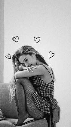 Ariana Grande uploaded by Bárbara ? on We Heart It Ariana Grande uploaded by Bárbara ? on We Heart It Ariana Grande Fotos, Ariana Grande Pictures, Ariana Grande Photoshoot, Ariana Grande Drawings, Shotting Photo, Ariana Grande Wallpaper, Foto Pose, Dangerous Woman, Belle Photo