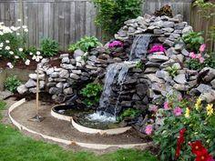 Amazing Ideas for Small Backyard Landscaping - My Backyard ideas Waterfall Design, Garden Waterfall, Waterfall Fountain, Backyard Water Feature, Ponds Backyard, Backyard Waterfalls, Pond Landscaping, Landscaping With Rocks, Landscaping With Fountains