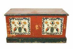 Baú em madeira policromada séc. XVIII