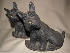 Leaning Scottie Dogs Bookends