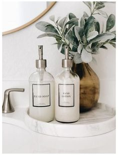 Bathroom Counter Decor, Glass Bathroom, Bathroom Sets, Small Bathroom, Bathroom Staging, Modern Bathroom Decor, Bad Inspiration, Bathroom Inspiration, Home Decor Inspiration