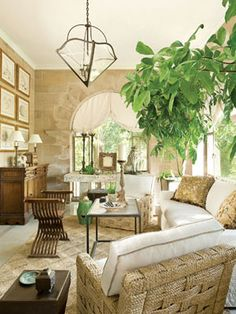 An antique French limestone console brings a stylish mix to this airy space | Greystone Estate, Richard Hallberg / Barbara Wiseley | Veranda...