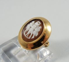 Sard Onyx Cameo ring Solid 18K vintage gold ring Impressive dinner ring  Cocktail ring Circa 1940's Stamped twice