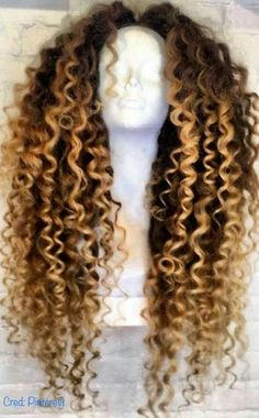 Cheap 360 Lace Frontal With Bundles Human Hair Bob Wigs For Sale Best Wigs For Black Ladies – Heay – hairtrends Long Curly Hair, Curly Hair Styles, Natural Hair Styles, Curly Wigs, Beyonce Curly Hair, Curly Weaves, Thick Hair, Ombré Hair, Lace Hair