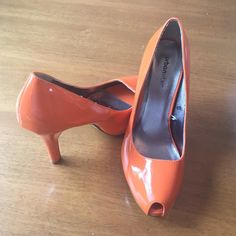 Urban Vibe by Wetseal bright orange platform heels NWT/Never worn bright orange patent leather platform heels with peep toe. Size 6. Fun for the club(; 4 1/2 heel w/ 1 inch platform. Urban Vibe Shoes Heels