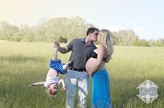 KREATIVE  photographics Maternity Photography