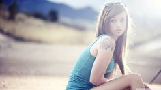 amazing tattooed girl wallpaper