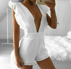 Wave Frill Playsuit 🐚 on We Heart It White Outfits, Sexy Outfits, Trendy Outfits, Summer Outfits, Fashion Outfits, Womens Fashion, Gothic Fashion, Fashion Fashion, Fashion Night