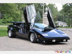 the cannonball run 1980 lamborghini countach lp 400s i wanna go fast pinterest autos the. Black Bedroom Furniture Sets. Home Design Ideas