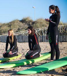 Como montar la tabla de surf. Errores tipicos de un surfista principiante. Aprende a tomar olas.