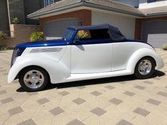 1935 Ford Cabriolet 1935 Ford Cabriolet Resto-Rod Vintage Air, Collector Cars, Street Rods, Ford Models, Leather Interior, Exterior Colors, Grey Leather, Colorful Interiors, Classic Cars