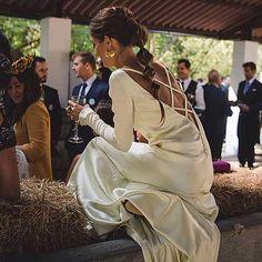 La foto de mis  @diasdevinoyrosas y en el blog de las @lapetitemafalda podéis ver más  #inspiración #coleta #boda #wedding #invitadas #peinados #hairstyle #bilbao #markina #paisvasco #style