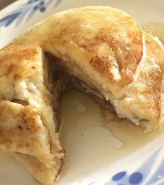 23/07 Banana pancakes and syrup