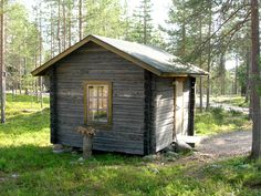 METSÄPIRTTI - This cottage can accommodate up to 4 people. Comes with a small kitchenette. Very basic cottage with no running water. Pets allowed. Prices start from 15€/night/person. Email us at lapiosalmi@saukko.fi for more info!