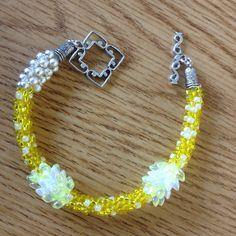 Lemon Meringue 8/0 seed bead bracelet...by Mary
