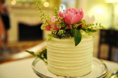 Tiny display cake at Legare Waring Wedding.  Dieterich Wedding | The Burlap Elephant