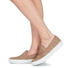 Shoes Női Belebújós cipők Betty London FRAVA Tópszínű