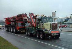 USA American tow wrecker on Heavy duty Heavy Duty Trucks, Big Rig Trucks, Heavy Truck, Tow Truck, Semi Trucks, Cool Trucks, Fire Equipment, Heavy Equipment, Car Hauler Trailer