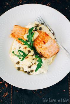 Zalm met bloemkoolpuree en beurre noisette Sin Gluten, Bruchetta Recipe, Fish Recipes, Healthy Recipes, Food Challenge, Evening Meals, Fish And Seafood, Food Preparation, Vegan