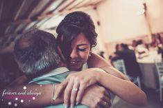 Fotografías especiales de bodas - momentos únicos guardados por fotografos profesionales . Reportajes en todo el mundo. Wedding photography, professional photographers around the world, best wedding photos #bride #alegría #religiosa #love #fotografía #amor #pareja #noviasqueenamoran #preciosisima #pre