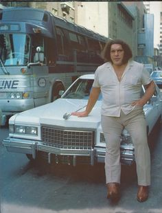 Andre the Giant and his Cadillac Bobby Heenan, Wrestling Superstars, Awa Wrestling, Andre The Giant, Actor Studio, Wwe World, Crop Top Bikini, Professional Wrestling, Wwe Wrestlers
