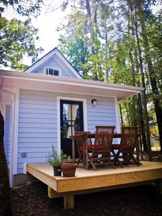 Back porch for the Harbinger   Tumbleweed Tiny House Company