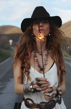BLOGGED: Charcoal Alley collab with Free People. Mega girl crush on this boho bohemian babe ♡ http://www.charcoalalley.com