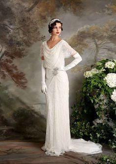 Gatsby Vintage Inspired Eliza Jane Howell Florence Wedding Dress | itakeyou.co.uk