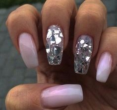 #pink #sparkle #nails #camillelavie