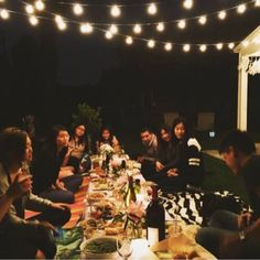How-To: Throw a Backyard Picnic Party (with Oh Shiny! Paper Co.) - Feather Magazine