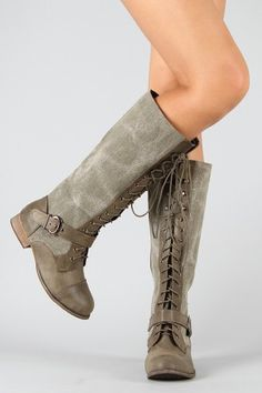 lace up booties Cute Shoes, Me Too Shoes, Walk This Way, Shoe Closet, Crazy Shoes, Shoe Game, Riding Boots, Fashion Shoes, Shoe Boots