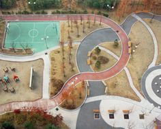 Between the gently curving lines and the toned-down colors, looking at Howon by Hosang Park just relaxes me. I could gaze from this birds-eye view for hours. Park Landscape, Urban Landscape, Landscape Architecture, Landscape Design, Architecture Design, Sport Park, Urban Park, Parking Design, Parcs