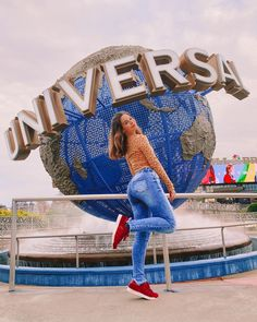 American High School, Disney World Pictures, Superenge Jeans, Multi Photo, Universal Orlando, Tumblr Wallpaper, Girl Photography Poses, Best Friends Forever, Teen Fashion