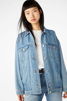 Model front image of Monki classic denim jacket in blue