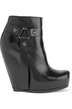 Wedge heel measures approximately 135mm/ 5.5 inches Black leather Snap-fastening ankle strap, zip fastening along side Made in Italy