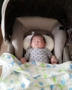 Childcare, Bassinet, Baby Items, Baby Car Seats, Cute Babies, Toddler Bed, Child Bed, Crib, Child Care