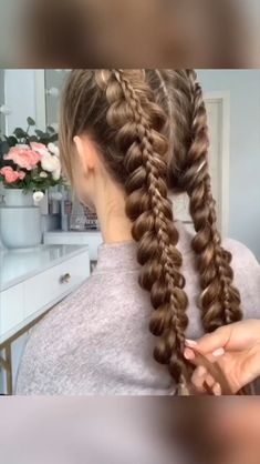 Top 10 pins of the week – braided hair styles 37 Top 10 pins of the week –. Top 10 pins of the wee Braids For Long Hair, Long Curly Hair, Curly Hair Styles, Box Braids Hairstyles, Pretty Hairstyles, Girl Hairstyles, Hairstyles 2018, Hairstyle Ideas, Straight Hairstyles