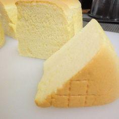 me ~ Vanilla Butter Sponge cake Ogura Cake, Baking Recipes, Dessert Recipes, Vanilla Sponge Cake, Genoise Sponge Cake Recipe, Vanilla Cake, Cotton Cake, Japanese Cake, Pear Cake