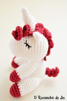 Paso a paso amigurumi Unicornio a crochet (ganchillo) - Crochet Unicorn amigurumi step by step Crochet Mermaid, Crochet Unicorn, Love Crochet, Crochet Baby, Knit Crochet, Easy Crochet Patterns, Amigurumi Patterns, Amigurumi Tutorial, Crochet Animals