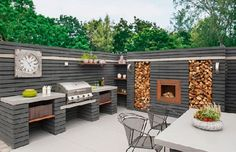 Outdoor Kitchen Designs To Get Things Cooking In Your Backyard: These outdoor kitchen design ideas are ideal for backyard entertaining. Spend more time outside this summer with these outdoor patio kitchens. Backyard Patio, Backyard Landscaping, Dining Area Design, Modern Outdoor Kitchen, Rustic Outdoor Kitchens, Outdoor Kitchen Grill, Modern Outdoor Living, Outdoor Rooms, Outdoor Decor