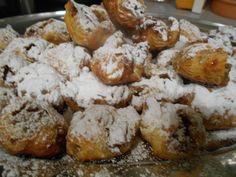 Zaxapn kai alati: Μηλοπιτάκια με σφολιάτα Pretzel Bites, Cooking Recipes, Bread, Places, Sweet, Blog, Chef Recipes, Blogging, Lugares