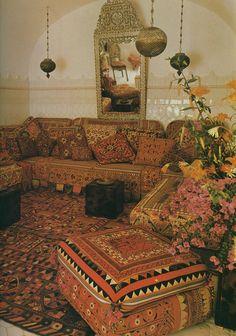 Moroccan decor. Love love love this!