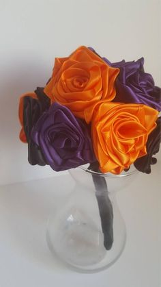 Most up-to-date Snap Shots Ribbon Rose bouquet Popular Buttercream ribbon red roses usually are an effective manner to create a person's cakes plus desse Create A Person, Blue Icing, Satin Ribbon Roses, Flower Petals, Flowers, Buttercream Roses, Halloween Ribbon, Cakes Plus, Delphinium