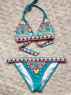 Victoria's Secret Swim bikini. Top in size medium, bottoms in size large.   eBay!