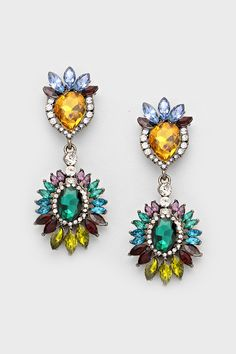 https://www.emmastine.com/Clothes-Jewelry/WomenClothes-Earrings-Accessories-Necklaces-Bracelets-Handbags.php?nav=6000